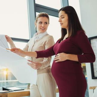 How to arrange maternity cover for employees